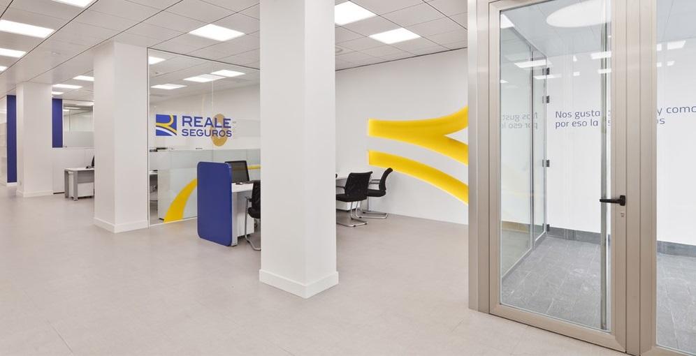 Agencia de seguros en zaragoza avenida puerta sancho reale seguros - Reale seguros oficinas ...